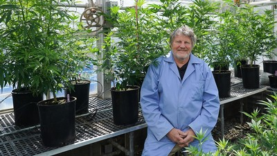 Bruce Bugbee in his plant lab.
